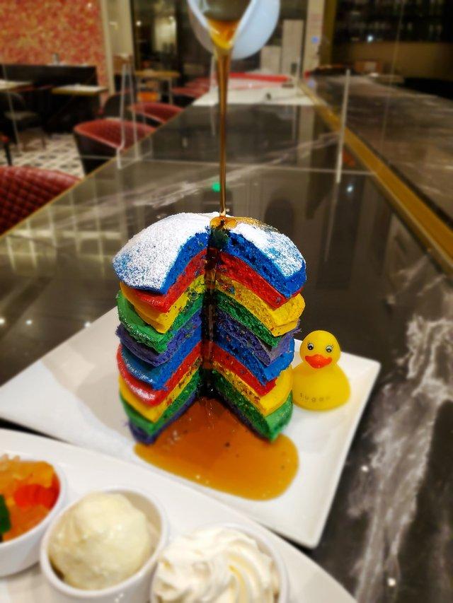 Rainbow Pancakes At The Sugar Factory