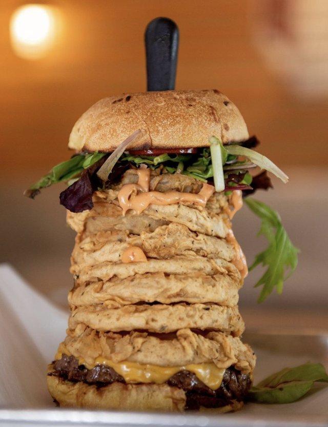 Burger Tucker Dukes.png