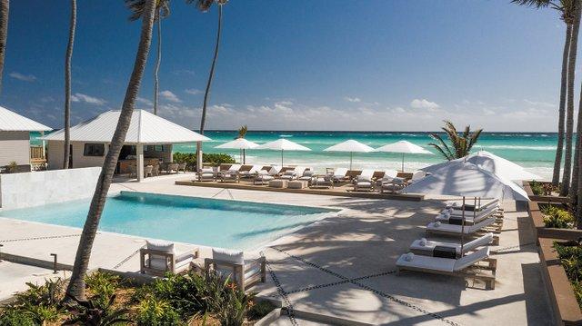 Caerula-Mar-Resort-Pool.jpg