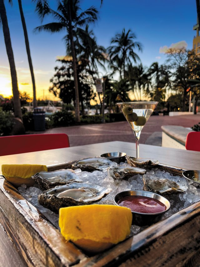 Rivertail_Oysters3.jpg