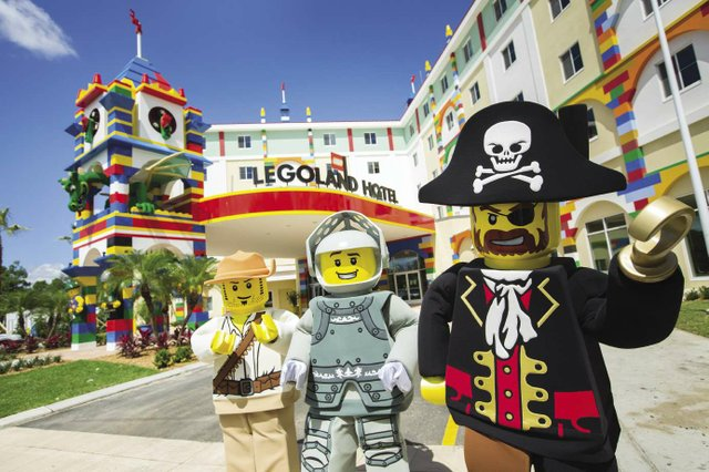 Legoland_hotel_Exterior_0337_opt.jpg