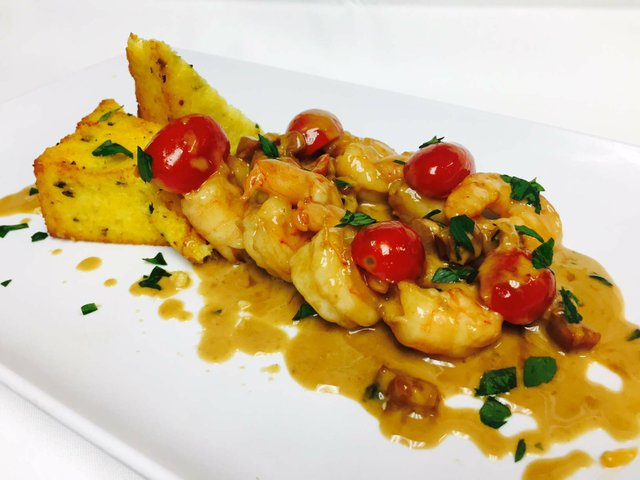 CaffeLunaRosa-shrimp saltimbocca_web.jpg