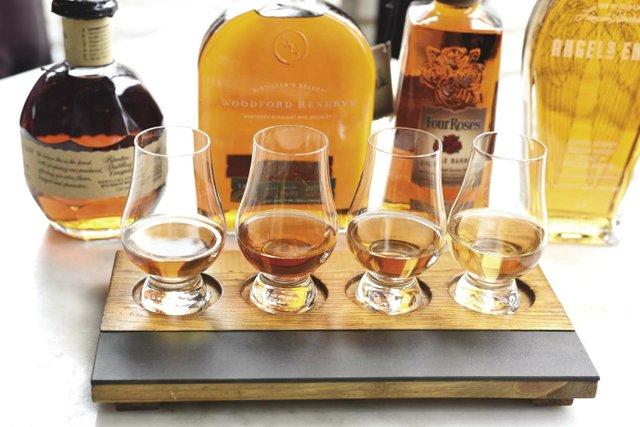 WhiskeyFlight2_opt.jpg