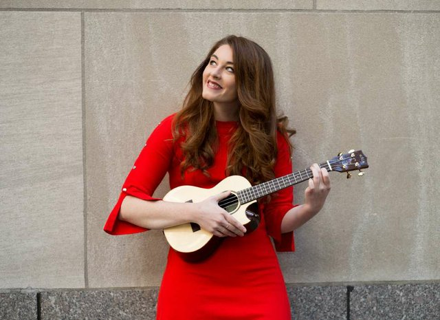 Mandy_Harvey_photoshoot_Rockefeller_center_6.10.17_053-2_opt.jpg