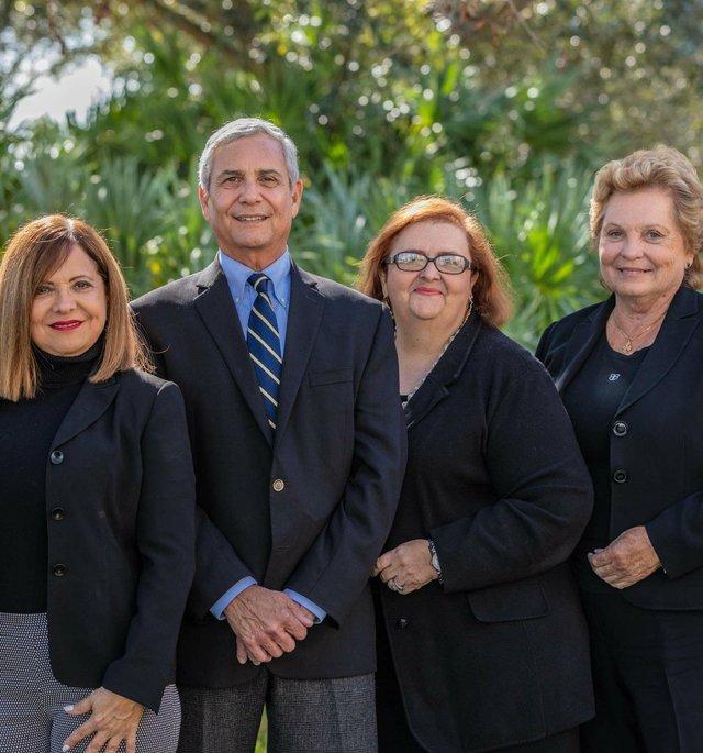 Caron-FL Medical Staff grp pic_webTEASER.jpg