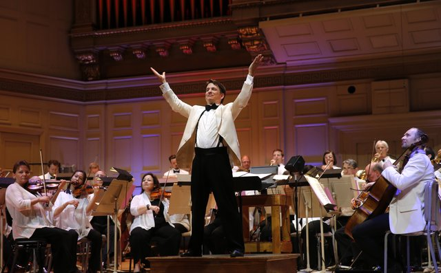 Keith Lockhart with the Boston Pops _WT26654 (Winslow Townson).jpg