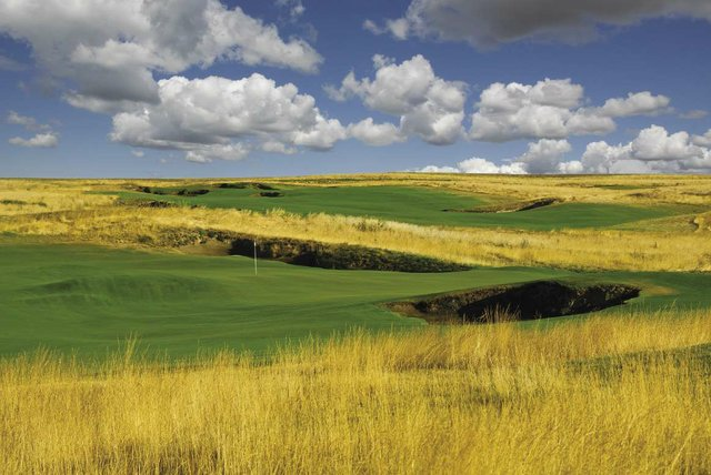 GOLF-Wine_Valley_Golf_Club_11th_Hole_opt.jpg
