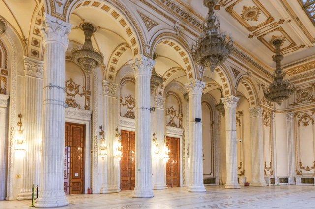 Parliament Interior2_web.jpg