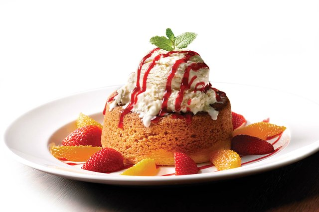 Warm Butter Cake; photo credit Mastro's Restaurants_EDIT_web.jpg
