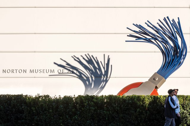 04. Typewriter Eraser on Heyman Plaza_web.jpg