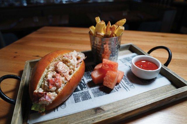 Lobster Roll 2_web.jpg