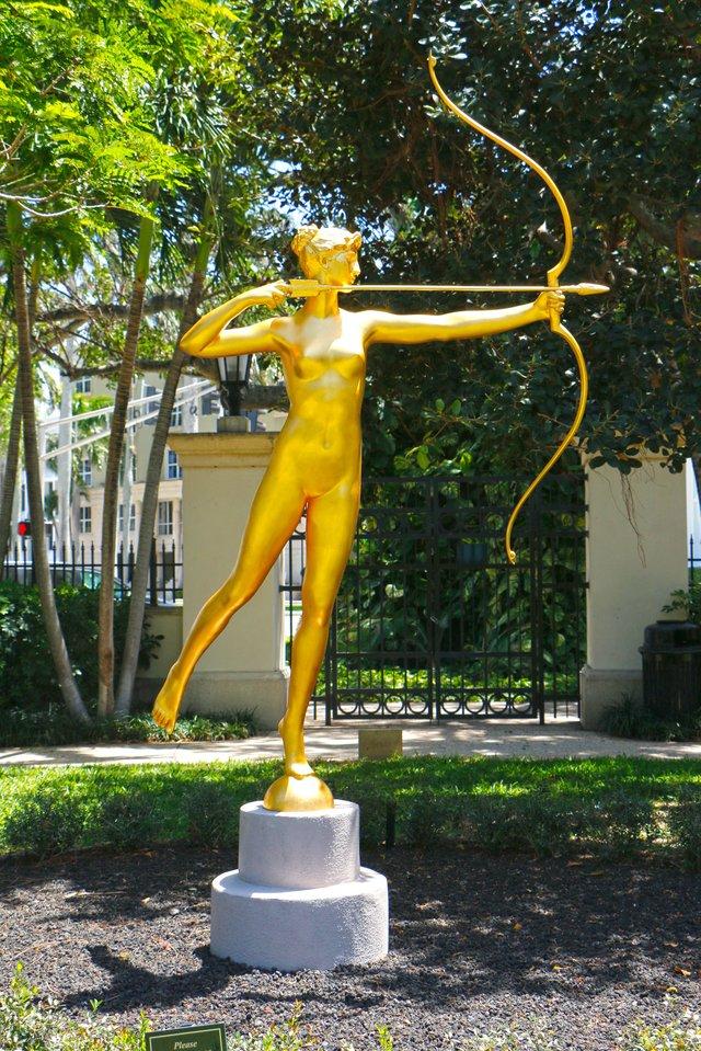 Diana by Augustus St Gaudens in sculpture garden Credit Christopher  Fay_web.jpg