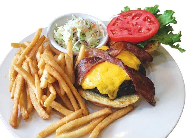Grille-on-Congress-burger-trans.jpg