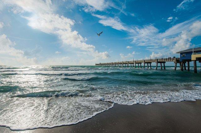 Dania Beach pier_web.jpg