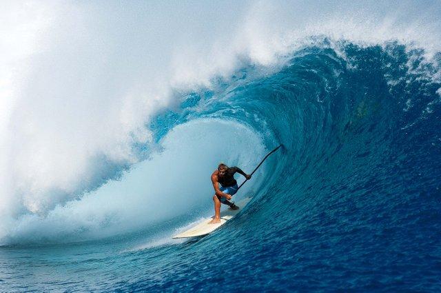 Laird.MdRez.Wave_web.jpg