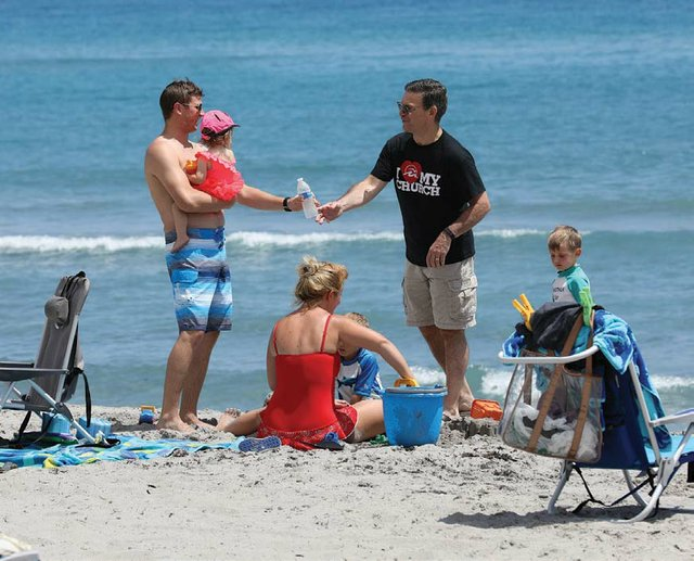 Beach reach water bottle_web.jpg