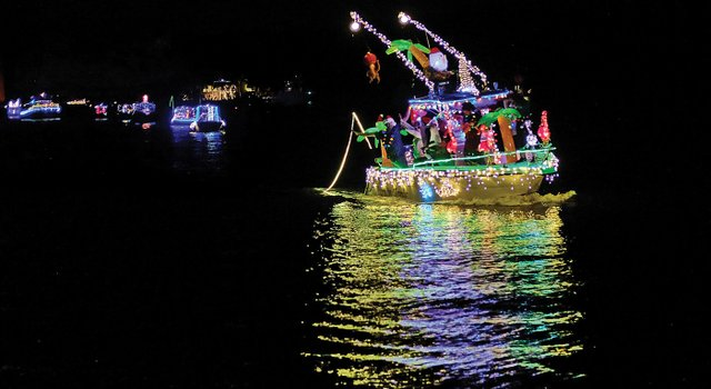HolidayBoatShow_DSCF6264[1].jpg