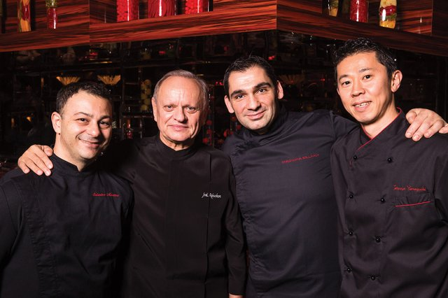 Chefs with Mr. Robuchon.jpg