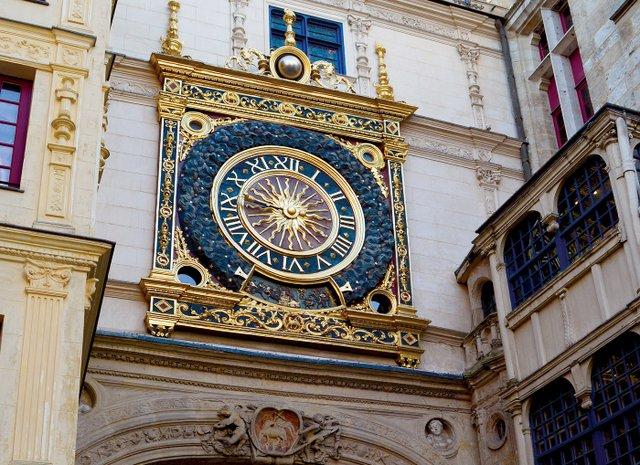 6652-Rouen le Gros Horloge © M.Trebaol - CRT Normandie-© M.Trebaol - CRT Normandie_EDIT.jpg