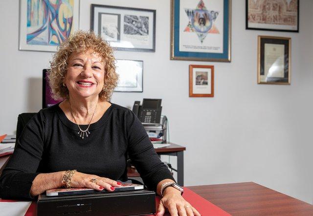 Linda Medvin FAU.jpg