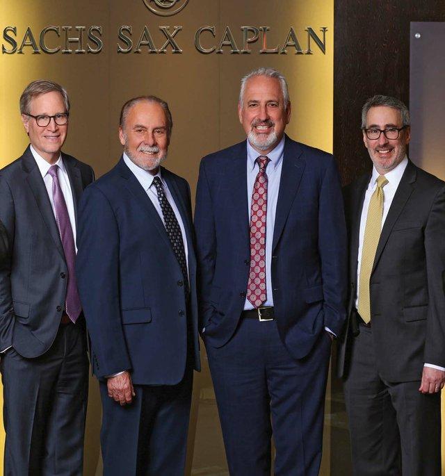SachsSaxCaplan_webTEASER.jpg