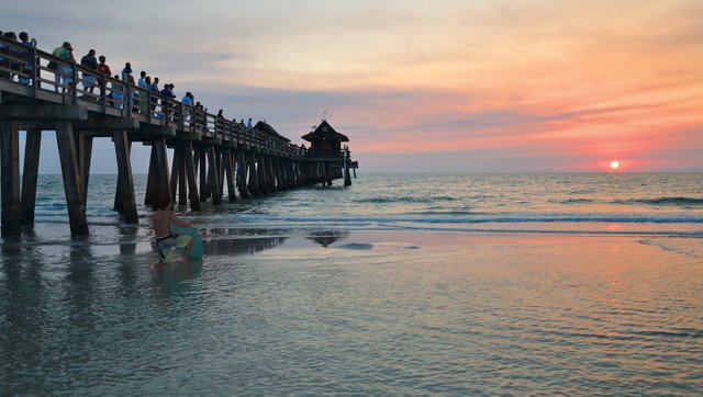 Naples Pier Sunset Viewers copy.jpg