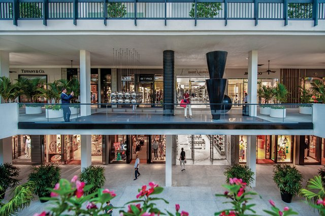 Miami Bal Harbour Center Court Shops1.jpg
