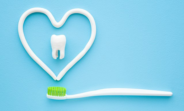 Tooth_Toothbrush_iStock-1143929500_cropped.jpg