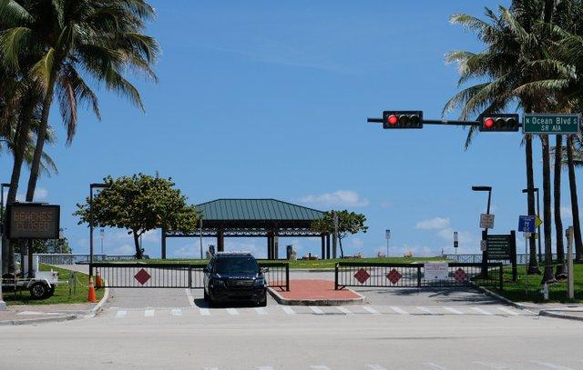 Closed-Beach-Access.jpg
