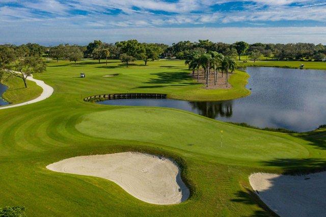 Golf 01_web.jpg