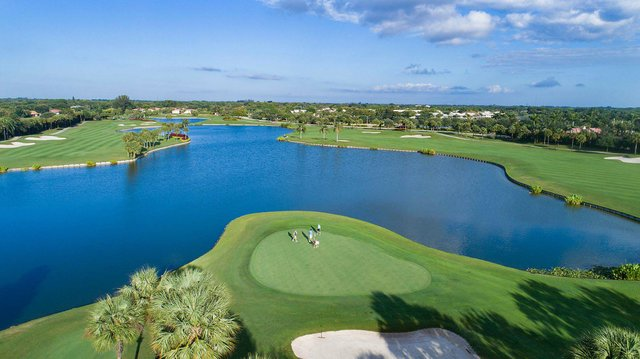 Golf 3_web.jpg