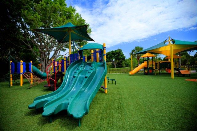 Kids park slide_web.jpg