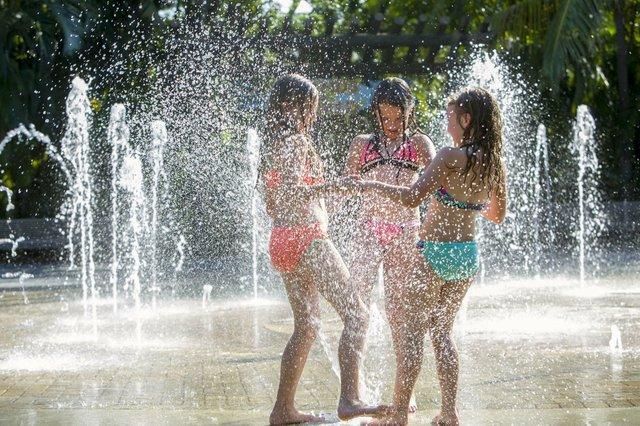 Fountains-0195 small_web.jpg