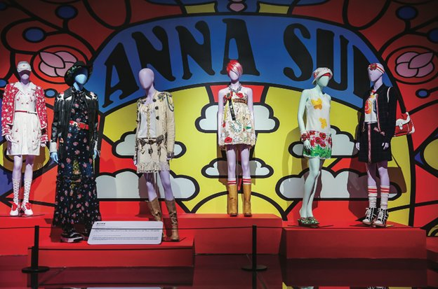 Anna sui.png